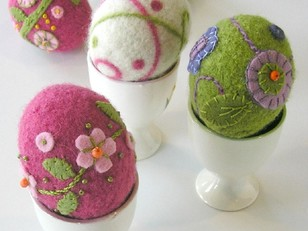 Felted Woolly Eggs Pattern