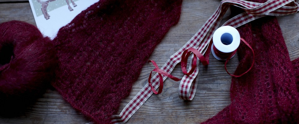Top 10 Christmas gifts for a knitter