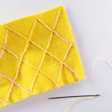 Sew Yeah free tutorial to sew your own pin cushion pineapple