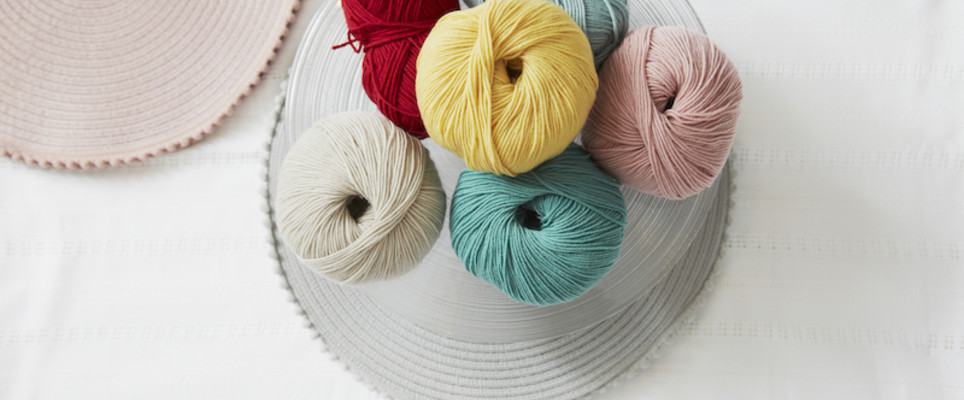 6 ways to join in a new ball of yarn | LoveCrafts