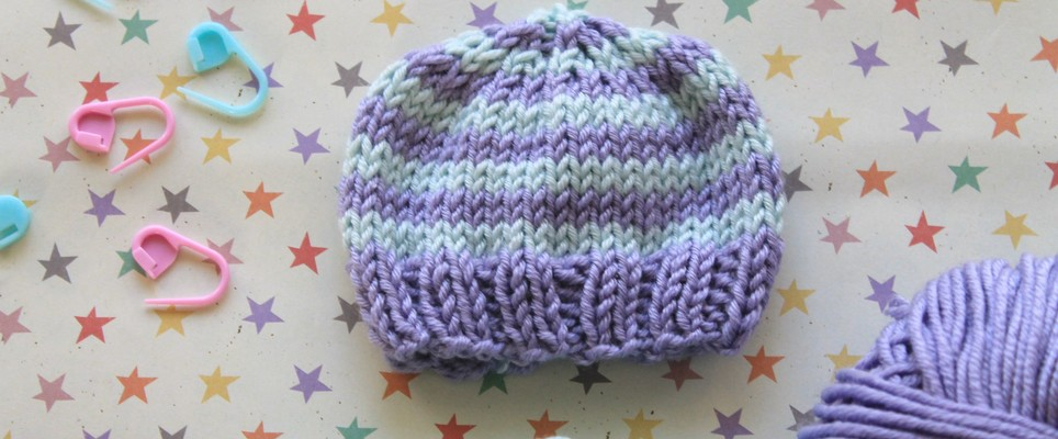 974354f964a Knit by bit  the perfect preemie baby hat