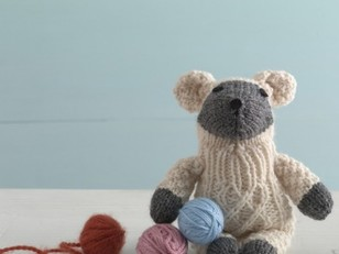 Little Lamb Sock Critter in Lion Brand Wool-Ease - 90572AD