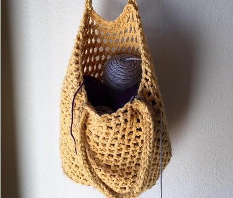 A beginner's guide to loom knitting | LoveCrafts, LoveKnitting's New